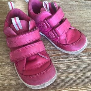 Toddler Girl's ECCO shoes! Size 7